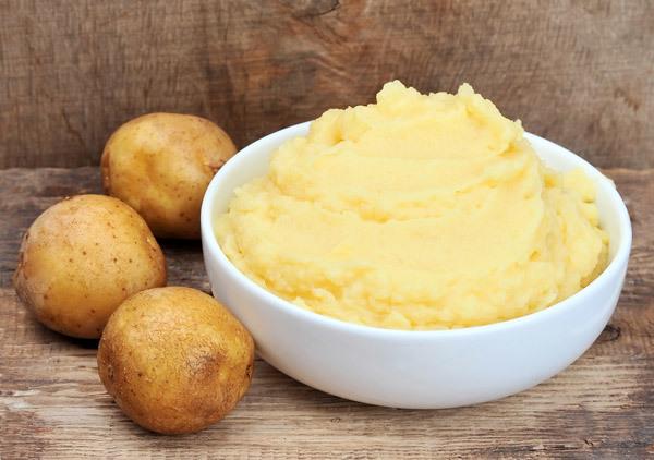 Potato and lemon face mask