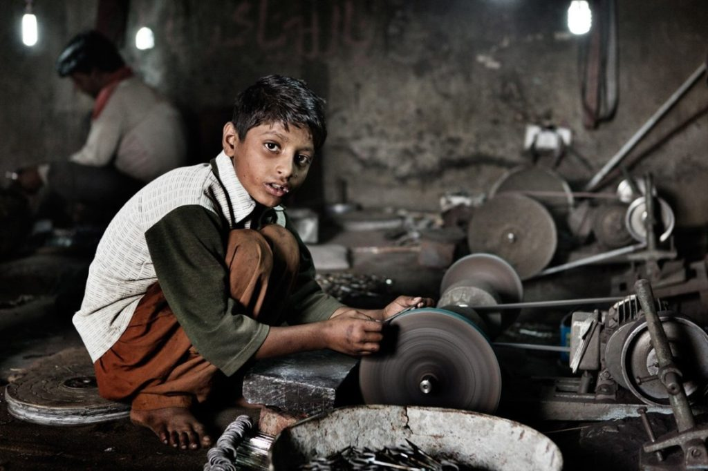 Child Labour in Hindi