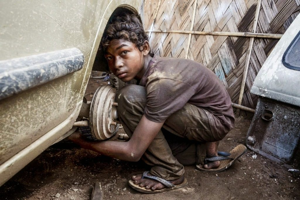 Stop Child Labour Quotes in Hindi