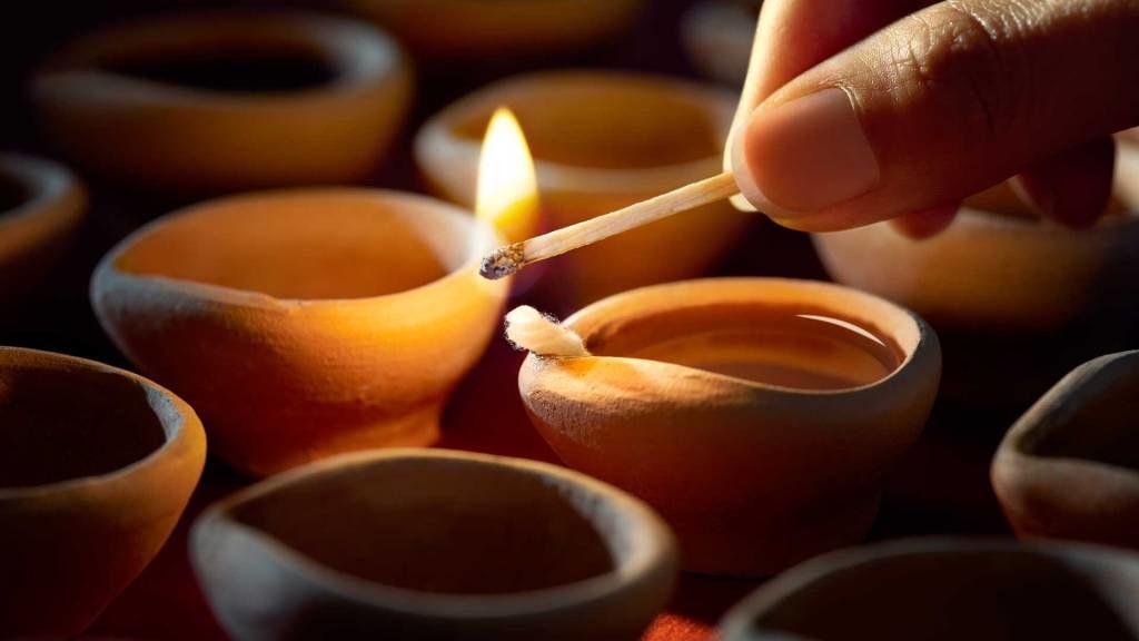 दिवाली में गलती से भी ये ना करे | Diwali Mein Galti Se Bhi Ye Na Kare
