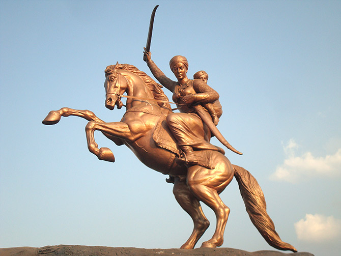 jhansi-ki-rani-in-hindi